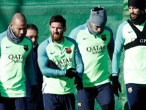 """Messi lạm quyền: Rủ 4 công thần """"vòi"""" tiền Barca"""