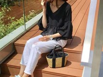 """Thời tiết nắng nóng, các quý cô châu Á thi nhau mặc đồ """"cực mỏng và cực điệu"""""""