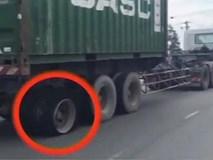 Container thủng lốp sau vẫn phóng vun vút trên đường