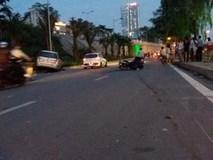 """Xe ô tô """"điên"""" tông hàng loạt xe máy, xe đạp khiến ít nhất 5 người nhập viện"""