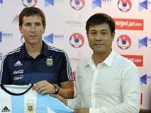 Vì sao HLV U20 Argentina bất ngờ xin lỗi PV Việt Nam