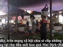Tiểu thương chợ Mai Dịch gây sốt mạng khi vừa bán hàng vừa nhảy Aerobic