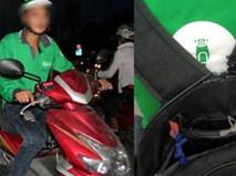 Nam sinh chạy GrabBike biếu khách 4 nghìn đồng và món quà bất ngờ nhận lại