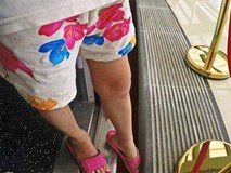 Khe hở dễ gây tai nạn giữa tàu điện Cát Linh - Hà Đông với sàn ga