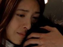 Đang hú hí với nhân tình trong ô tô, tôi giật mình khi thấy vợ ôm con khóc chặn đầu xe giữa đêm