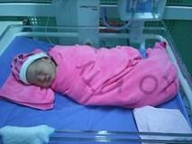 Bé gái xinh đẹp nặng 3,3kg bị mẹ bỏ rơi sau khi sinh tại bệnh viện