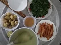 """Sống ở Hà Nội, cặp vợ chồng trẻ """"mách nước"""" chi tiêu chỉ tốn 15nghìn/bữa cơm"""