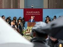 Mark Zuckerberg khóc khi trò chuyện với sinh viên trường Đại học Harvard