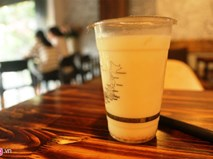 Vài ngày lại có một hàng trà sữa mọc lên ở Hà Nội