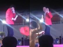 Ca sĩ Lưu Chí Vỹ bị bầu show chửi thẳng mặt, khán giả tạt nước đuổi đánh vì đến địa điểm biểu diễn trễ 2 tiếng