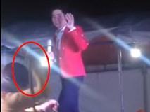 Ca sĩ Lưu Chí Vỹ bị tạt nước, đánh chửi khi diễn ở Bình Dương