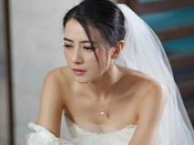 """Tin """"sét đánh"""" khiến cô dâu tái mét mặt trước giờ lên xe hoa"""