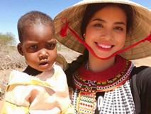 Cư dân mạng tranh cãi việc Phạm Hương không nhường nón cho em bé Kenya