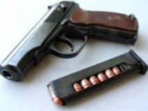 Cụ ông 76 tuổi rút súng bắn chết người