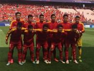 HLV Hữu Thắng 'tặng quà' cho 7 cầu thủ U20 Việt Nam
