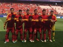 """HLV Hữu Thắng """"tặng quà"""" cho 7 cầu thủ U20 Việt Nam"""