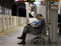 Làm việc tới chết: nỗi ám ảnh phủ bóng thanh niên Nhật Bản