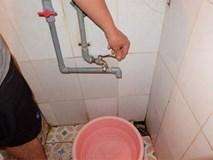 Bi hài cảnh mất nước sạch ngày Hà Nội nóng đỉnh điểm: 4 người chờ đủ 4 lần đi vệ sinh mới dám xả nước
