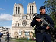 Kẻ tấn công Nhà thờ Đức bà Paris hét 'Điều này là vì Syria'