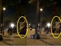 Cô gái bị dàn cảnh đánh ghen dã man, cướp điện thoại trên phố ở Sài Gòn