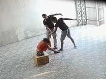 Bắt 2 người đàn ông đánh nữ chủ nhà xe ở Nghệ An