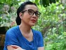 Mẹ của Vân trong Sống chung với mẹ chồng lần đầu lên tiếng về việc 'sống ở quê nghèo đeo kính hàng hiệu'