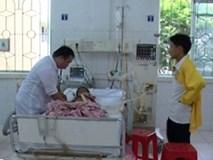 1 trẻ đột ngột tử vong, 4 trẻ nhập viện ở Cao Bằng do ngộc độc vải?