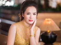 Đan Lê khoe dáng ngọt ngào bên 'ông xã Phan Hải'