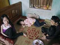 Gồng mình nuôi 2 đứa con bại não và mẹ già bệnh tật nhưng đôi vợ chồng này chưa một lần muốn bỏ cuộc