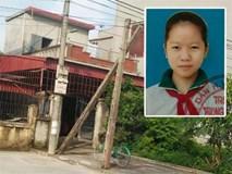 Thực hư bé gái bị bố mẹ đối xử tệ bạc, đổ cơm thừa xuống nền nhà bắt ăn