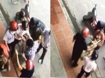 Clip cán bộ phường cầm gậy vây bắt chó nằm trước cửa nhà dân gây xôn xao