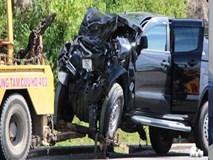 Xe bán tải tông trực diện ôtô khách, 4 người bị thương