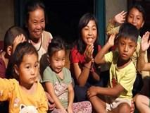 Người mẹ nghèo nuôi 9 đứa trẻ mồ côi