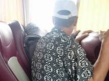 Chuyến xe khách Hạ Long - Hà Nội và thái độ của 2 người đàn ông khiến ta xót xa
