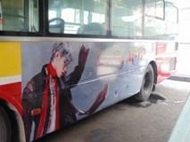 Fan Sơn Tùng 'chơi lớn' thuê xe bus treo hình thần tượng nhưng bị fan Mỹ Tâm tố đạo ý tưởng