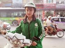 Lại thêm một nữ tài xế Grab bike khiến cư dân mạng lùng sục vì quá xinh!