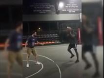 Paul Pogba đảo bóng như cầu thủ bóng rổ NBA tại Trung Quốc