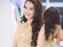 Ngắm những người đẹp Việt yêu nghề báo hơn ánh đèn showbiz