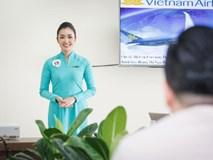 Lặng người với tiếp viên hàng không dám chết vì hành khách