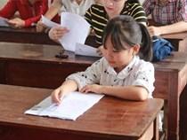 Nữ sinh cao 1,16m, mặt như học sinh tiểu học đi thi THPT Quốc gia