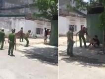 Clip: Hàng chục cảnh sát bao vây, thuyết phục thanh niên nghi ngáo đá đang cầm dao đe dọa người dân