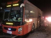 45 người may mắn thoát khỏi chiếc xe giường nằm bốc cháy trong đêm