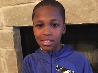 Phát minh của cậu bé 10 tuổi có thể giúp hàng triệu trẻ em tránh bị sốc nhiệt