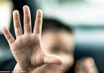 Bắt giữ kẻ hãm hiếp hơn 700 lần 5 bé gái nhận nuôi