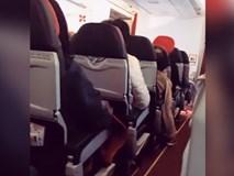 Máy bay AirAsia rung lắc như máy giặt, phi công khuyên hành khách hãy cầu nguyện