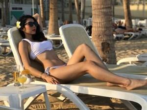 Ngọc Quyên khoe dáng ngọc ngà trên bãi biển trong kỳ nghỉ ở Mexico