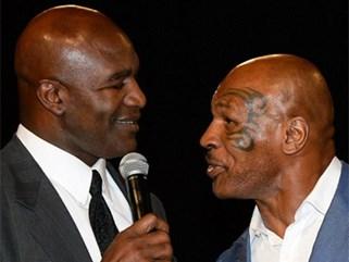 Tròn 20 năm khoảnh khắc kinh dị Mike Tyson cắn tai Holyfield