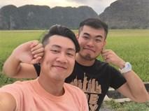 Chuyện tình vượt biên giới của 2 chàng trai: 10 tháng yêu nhau và 27 thành phố