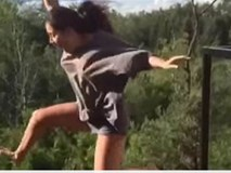 Cô gái chơi trò mạo hiểm và kết cục đau đớn