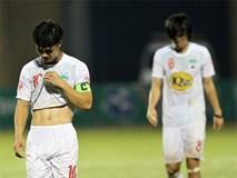Công Phượng dẫn toàn đội xin lỗi khán giả sau trận thua Thanh Hóa